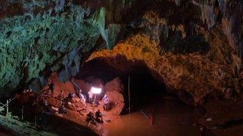 О спасении детей из затопленной пещеры в Таиланде могут снять фильм