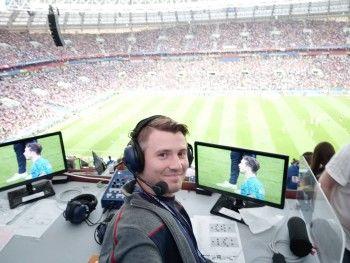 Комментатор Владимир Стогниенко зачитал рэп об игре сборной России на ЧМ