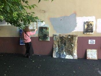 Молодой тагильский художник сделал выставку о грязи и посвятил её родному городу