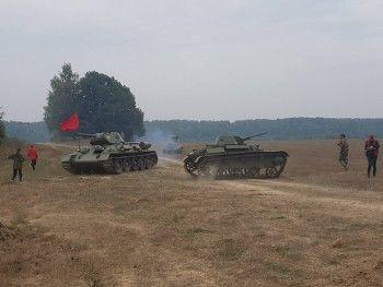 Сергей Безруков прокатится на уральских танках в новом военном фильме  (ВИДЕО)