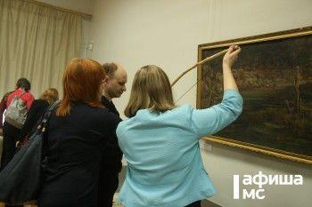 В музее-заповеднике впервые открылась выставка, на которой экспонаты можно трогать руками