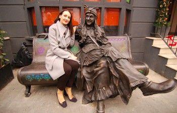 В Лондоне появилась скульптура Бабы Яги из Смоленска