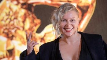 Уральскую актрису Яну Троянову пригласили в перезагрузку шоу «Последний герой»