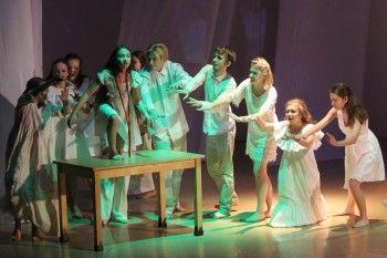 В честь своего 25-летия театральная студия «Зеркало» ищет новых артистов