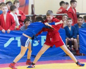 118 спортсменов Свердловской области приняли участие в I открытом городском турнире по самбо в Нижнем Тагиле