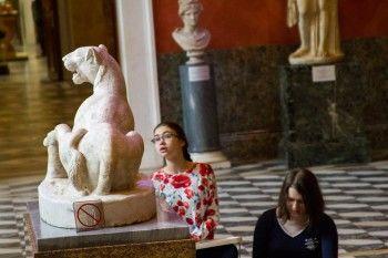 Эрмитаж запустил онлайн-академию, в которой можно бесплатно изучать искусство