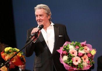 Алену Делону вручат почётную «Золотую пальмовую ветвь» на Каннском фестивале
