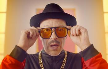Такими вы их ещё не видели! Звёзды российского кино танцуют под Антоху МС в юбилейном ролике «Кинотавра» (ВИДЕО)
