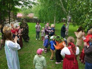 Десятки тематических экскурсий пройдут в Нижнем Тагиле в День России