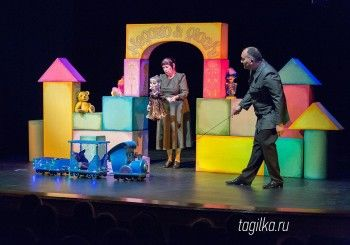 Артисты Тольяттинского театра кукол привезли в Нижний Тагил три спектакля