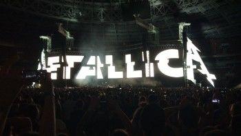 Metallica исполнила хит Цоя на концерте в Москве