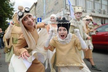Молодёжный театр Нижнего Тагила покажет экспериментальную постановку по Велимиру Хлебникову на фестивале уличных спектаклей в Екатеринбурге