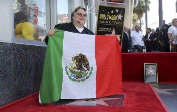Гильермо дель Торо получил звезду на Аллее славы