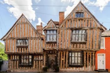 В доме, в котором Волан-де-Морт убил родителей Гарри Поттера, можно будет переночевать за 21 тысячу рублей