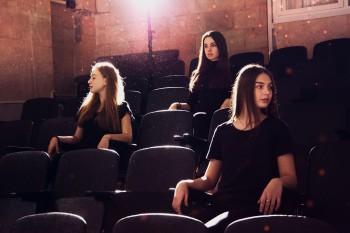 Отличники российских школ смогут ходить в кино бесплатно