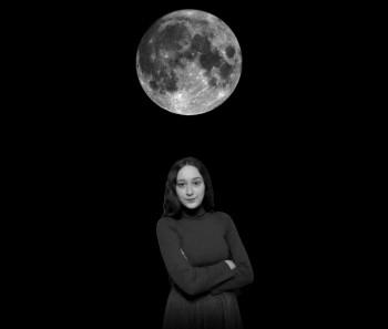 Художница Алиса Горшенина прогулялась по Луне в своём новом фильме