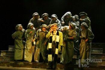 Великий комбинатор Бендер добрался до тагильского драматического театра