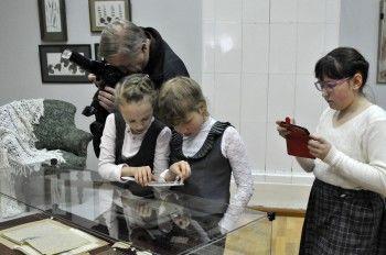 Музейщики предлагают тагильчанам придумать экспонатам биографию