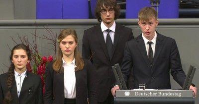 За выступление школьника из Нового Уренгоя в Бундестаге наказали его педагогов