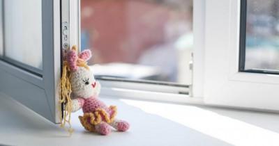 В Томске шестилетняя девочка упала с четвёртого этажа и самостоятельно вернулась домой (ВИДЕО)