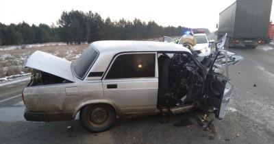 Под Екатеринбургом 69-летний водитель «семёрки» погиб после столкновения с Lexus