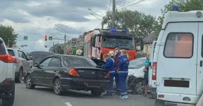 В Нижнем Тагиле в автоаварии на Уральском проспекте пострадала женщина