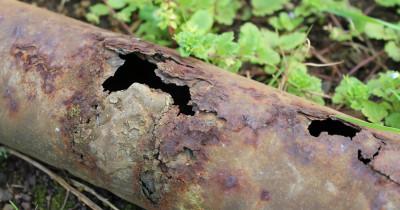 «Поменять сейчас трубы в нужном объёме невозможно». В Нижнем Тагиле пытаются понять, как спасти «убитые» коммунальные сети