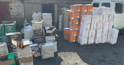 В Нижнем Тагиле полицейские и активисты «Народного контроля» изъяли большую партию контрафактного алкоголя и табака