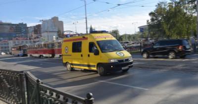В Екатеринбурге обстреляли машину реанимации, которая везла пациента
