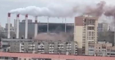 В Екатеринбурге произошёл «хлопок» на теплопункте (ВИДЕО)