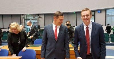 ЕСПЧ признал задержания и аресты Навального политически мотивированными