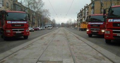 Свердловский министр транспорта и глава Нижнего Тагила открыли дорогу Космонавтов — Быкова