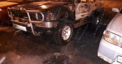 В Нижнем Тагиле неизвестные сожгли три автомобиля (ВИДЕО)
