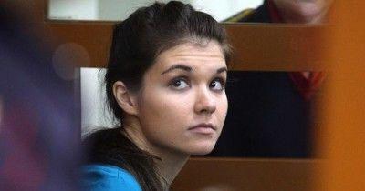 Адвокат попросил суд освободить Варвару Караулову по УДО