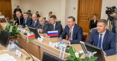 Владислав Пинаев обсудил перспективы сотрудничества с делегацией Республики Беларусь