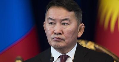 Президента Монголии поместили в двухнедельныйкарантин после поездки вКитай