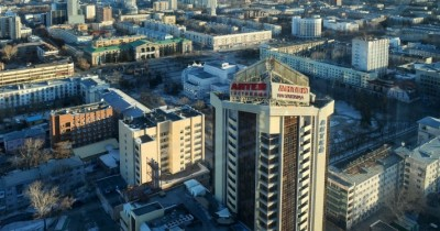 Жительница Екатеринбурга подкинула своего грудного ребёнка охраннику ТЦ