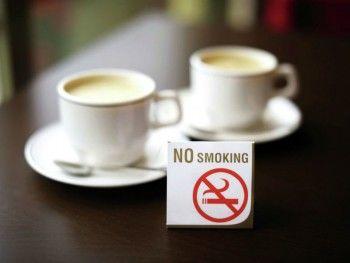 Запрет на курение в ресторанах и поездах могут отменить