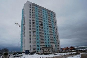 «Всё сделано через Ж». Тагильчанам продали квартиры в новостройке с протекающей крышей и неработающим лифтом