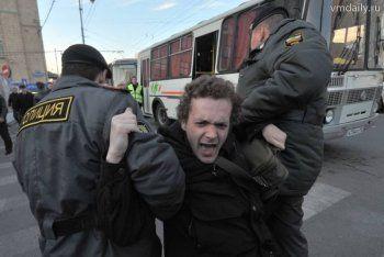 За оскорбление полицейского суд Нижнего Тагила приговорил мужчину к реальному сроку
