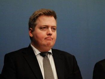 Премьер Исландии ушёл в отставку из-за упоминания его имени в расследовании об офшорах