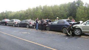 Житель Свердловской области стал виновником ДТП с шестью автомобилями