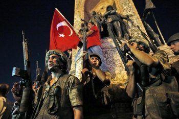 Президент Турции обвинил в попытке государственного переворота оппозиционного исламского проповедника из США