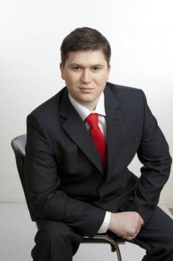 Главный дорожный общественник Нижнего Тагила Никита Чапурин хочет попасть в Заксобрание с помощью подписчиков «ВКонтакте»