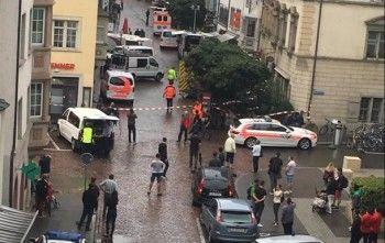В Швейцарии преступник напал на людей с бензопилой