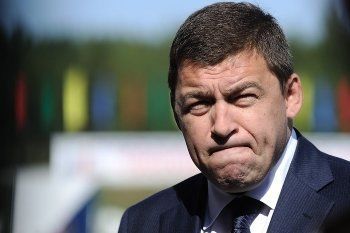 Свердловский губернатор раскритиковал глав городов за непотраченный миллиард