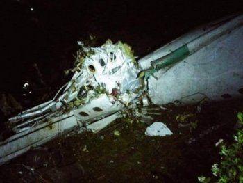 В страшной авиакатастрофе в Колумбии выжили несколько человек (ФОТО)