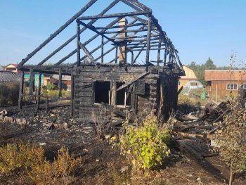 Ночью в Нижнем Тагиле в огне погиб мужчина