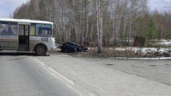 Под Нижним Тагилом в ДТП с рейсовым автобусом погиб человек