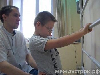 «Уже сейчас люди умирают»: благотворительные фонды бьют тревогу из-за падения курса рубля
